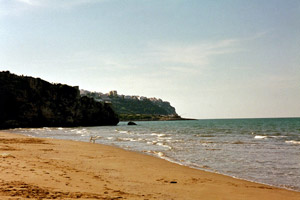 "29-10-02 - ""Personal"" beach at/with vista to Peschici"