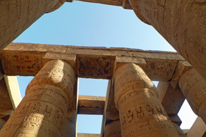 15-02-13 - Huge pillars in the Karnak Temple