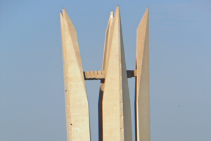 17-02-13 - Memorial at the Aswan dam
