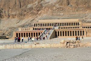 20-02-13 - Temple of Hatshepsut in Thebes